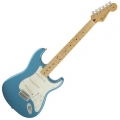 Fender - Standard Stratocaster, lake placid blue